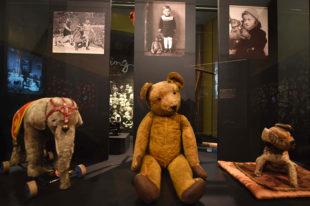 Nuernberg_Spielzeugmuseum_Bitte_laecheln_42_nb